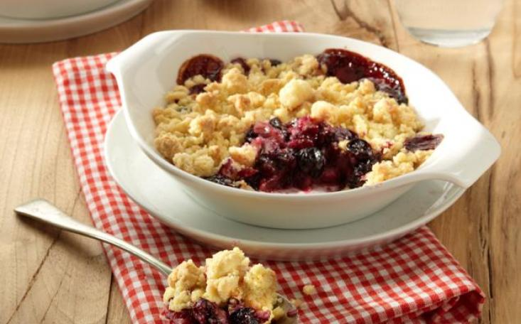 croppedimage733456-Blueberry-Apple-Crumble-with-Honey.jpg