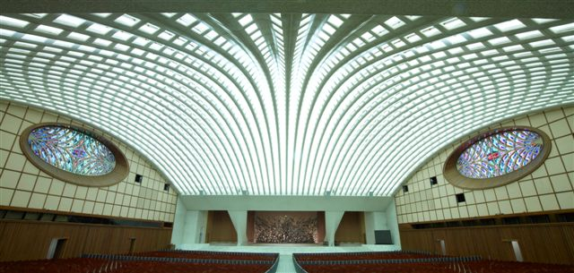 Roman Catholicism - Paul VI - Nervi Hall - Serpent Building 38.jpg