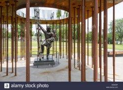 monument-to-minnesota-fallen-firefighters-minnesota-state-capitol-E5XKXP (2).jpg