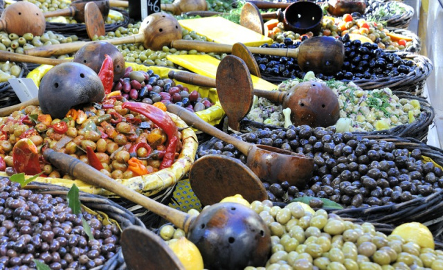 French-market-olive-stall-2.jpg